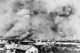 bombs on hiroshima and nagasaki essay Find free debate over the atomic bombings of hiroshima and nagasaki essays the japanese cities of hiroshima and nagasaki these two bombs quickly yielded the.